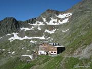 Innsbrucker Hut. Stubai Alps. Austria