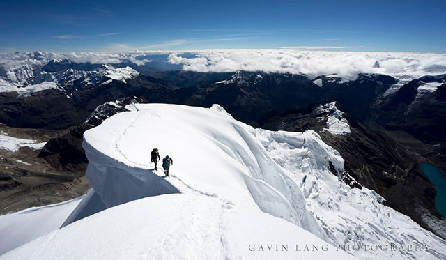 Tocllaraju summit, Gavin Lang Photography