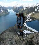 Descending Bessegen Ridge