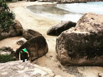 Travelling to Magnetic Island: for Bouldering and Sunshine